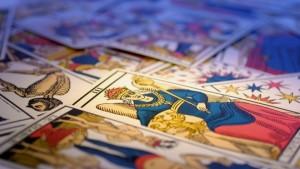 Voyance en ligne par chat avec les cartes