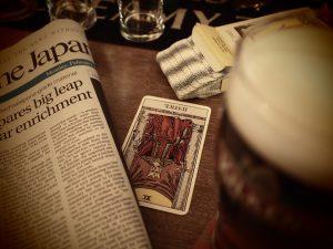 Tirage lenormand amour véritable divination avec le tarot